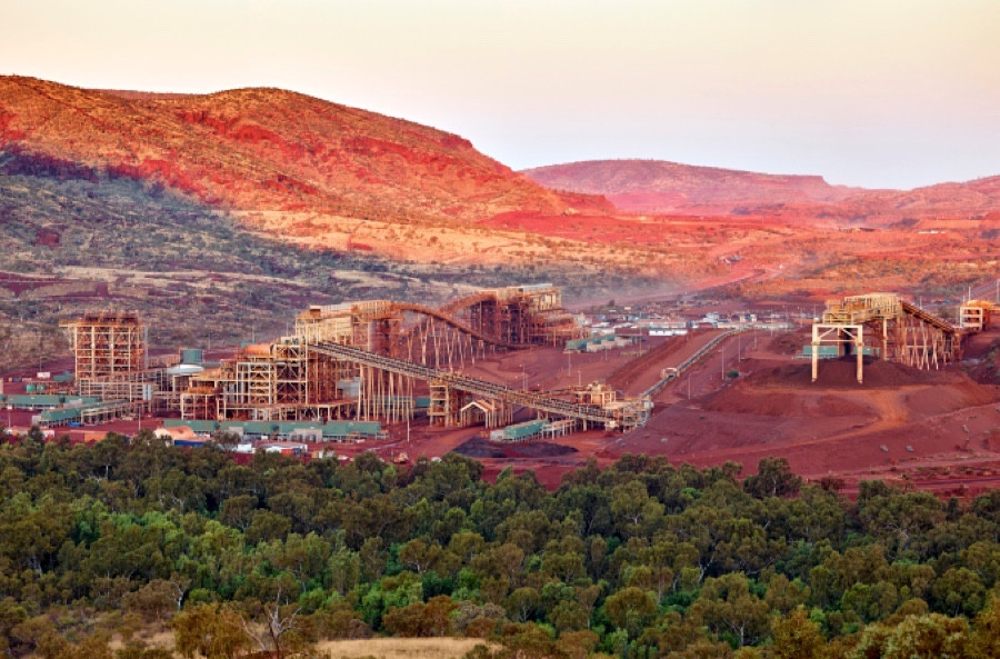Fortescue sorry for clearing land on Aboriginal sacred site