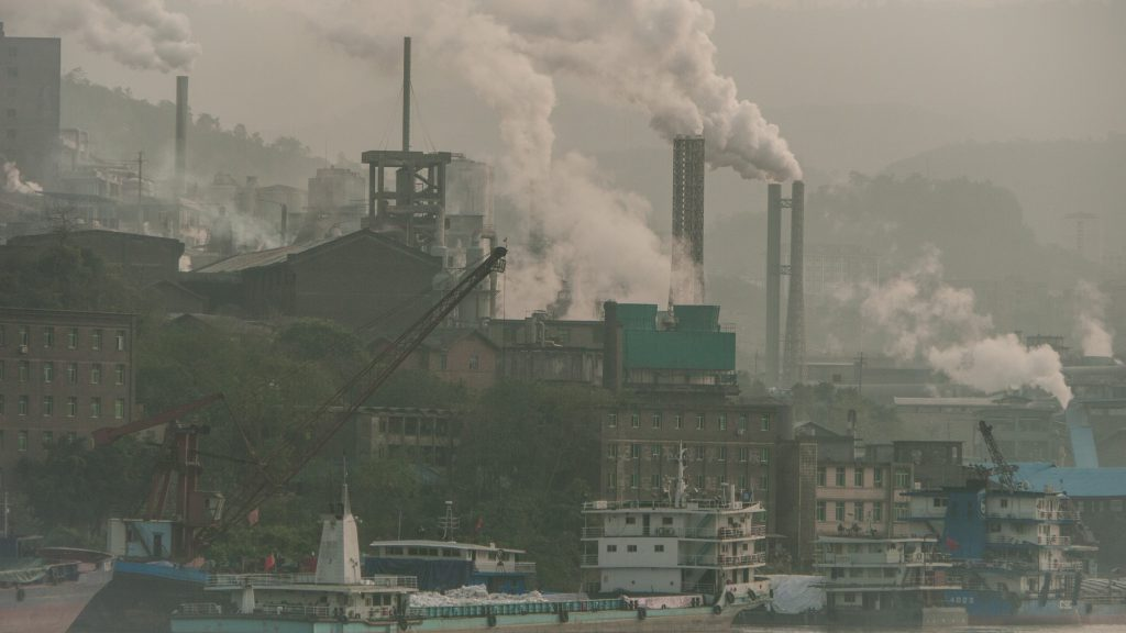 China chips away at coal addiction to chase climate goals