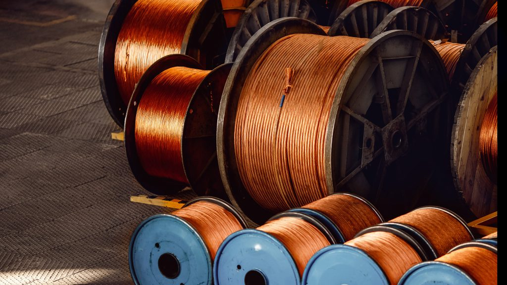 Copper extends rally to $10,000 for the first time since 2011