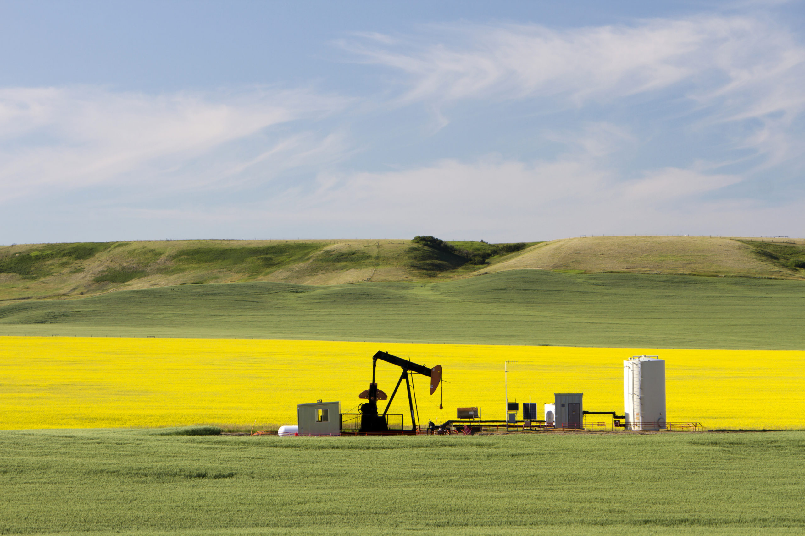 Canada's oil and gas industry recovery will take two years, analysts say