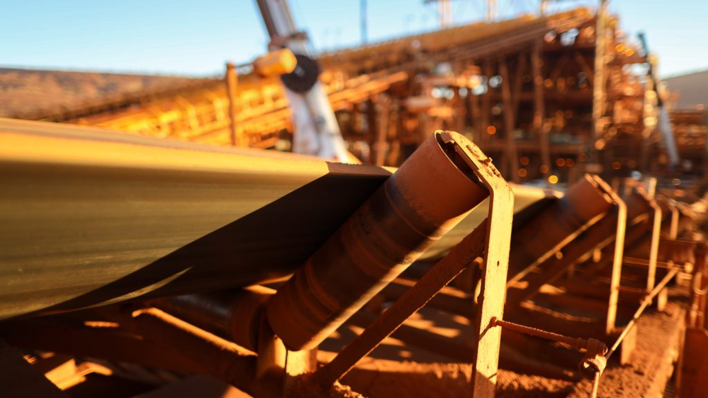 Iron ore price extends gains amid steel optimism
