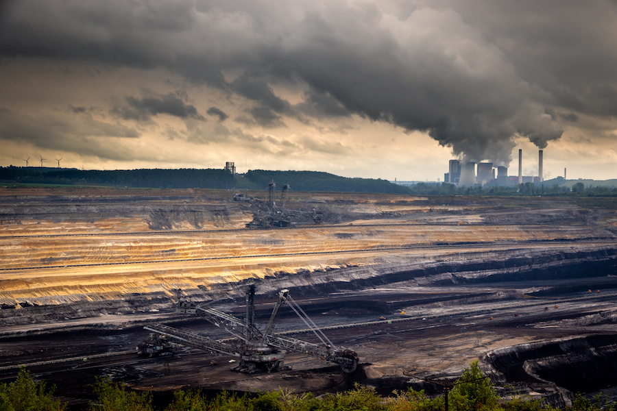 Investors with $41 trillion urge G7 to end support for coal