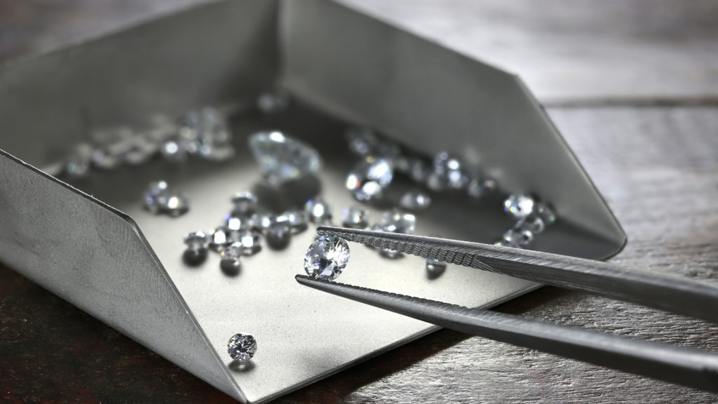 State Diamond Miner in Zimbabwe Sees Output Rising 30% This Year