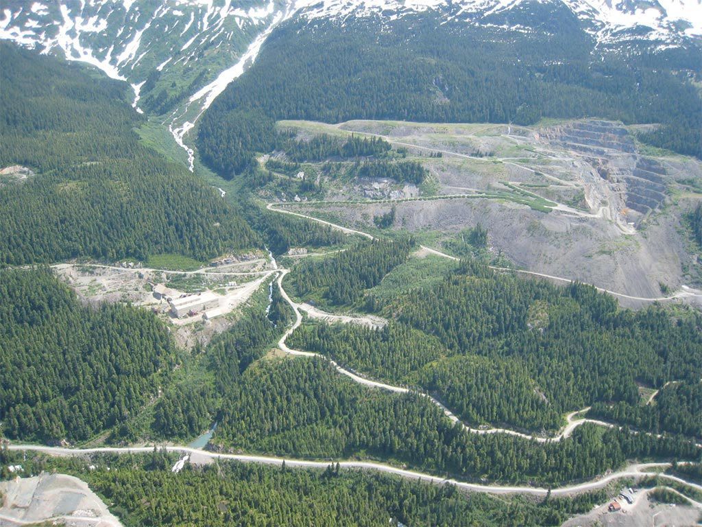 Ascot discovers high-grade base metals mineralization at Premier