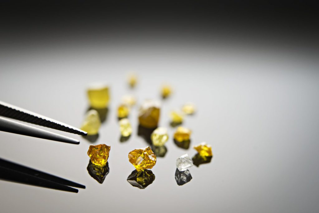 North Arrow collects Naujaat bulk sample to test for fancy coloured diamonds