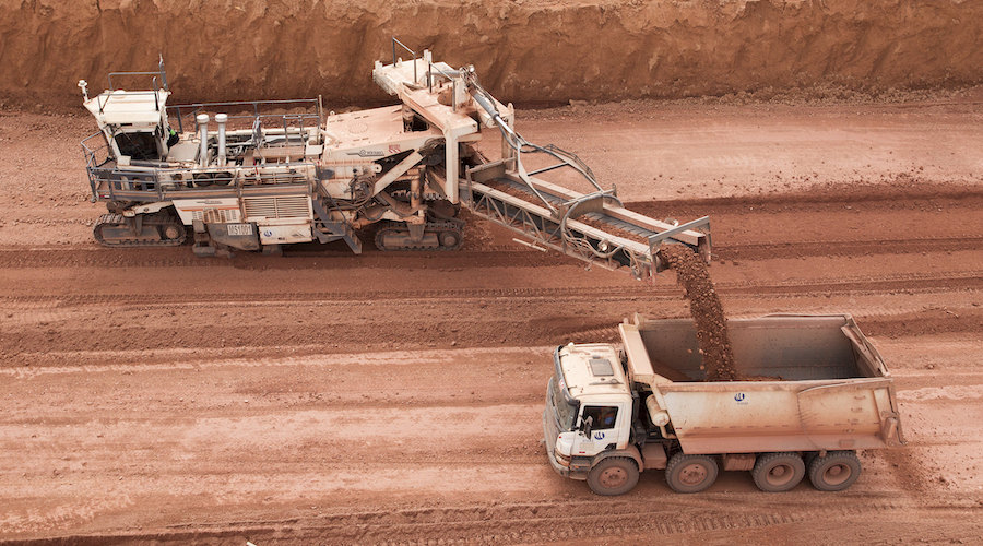 Clay found in bauxite deposits helps produce low-carbon cement