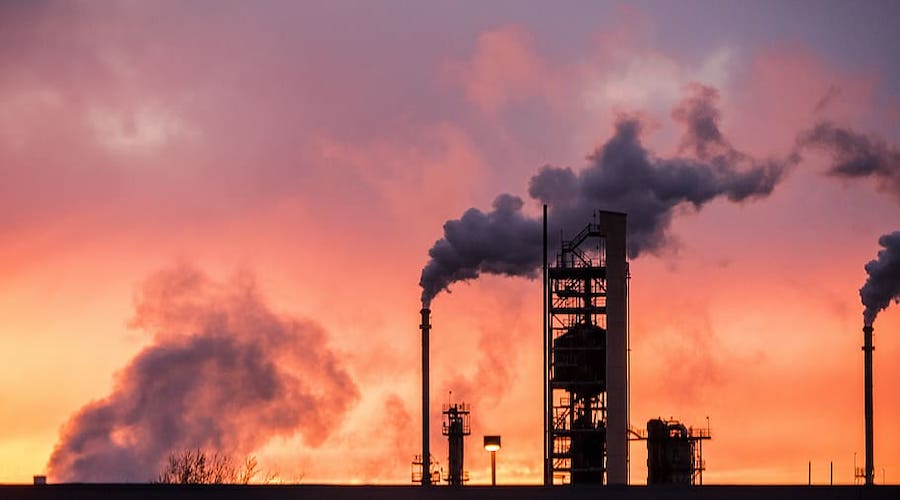How fossil fuels can help decarbonize the economy